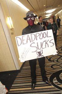 Spiderman says Deadpool sucks